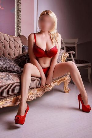 Aliki Escort in Athens